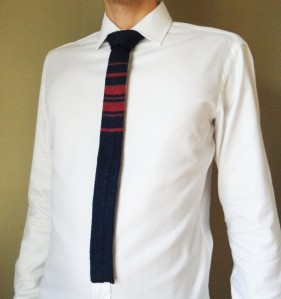 Plain Knit Tie with Contrasting Stripes