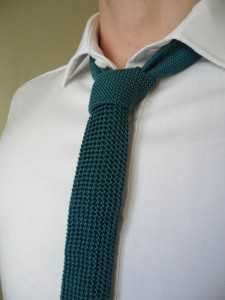 Textured Knitted Tie with Contrast Knot